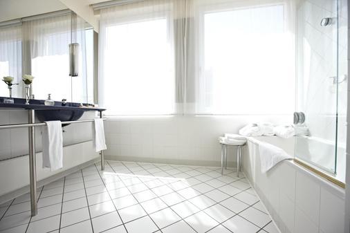 Steigenberger Hotel Sonne - Rostock - Kylpyhuone