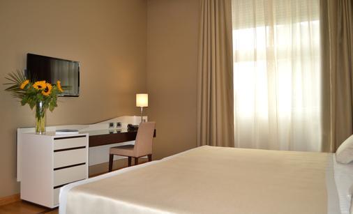 Hotel Palazzo Esedra - Naples - Bedroom