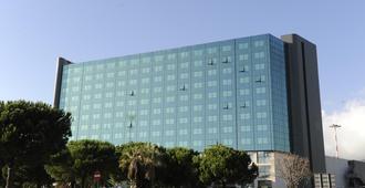 Tower Genova Airport Hotel & Conference Center - ג'נואה