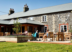 Elveden Inn - Thetford - Edifício