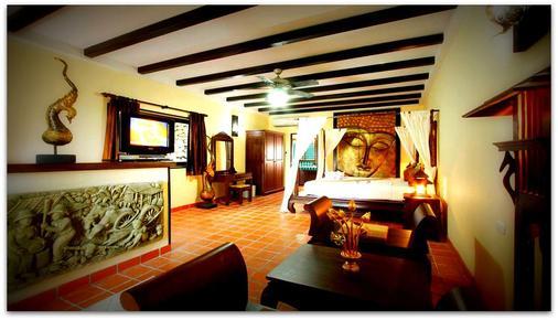 布姆蘭鄉村渡假酒店 - 卡隆 - 卡倫海灘 - 臥室