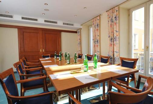 BB Hotel Berlin - Berlin - Meeting room