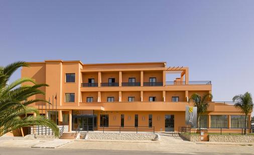 Praia Sol - Quarteira - Building