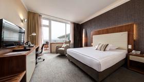Uhotel - Ljubljana - Bedroom