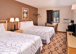 Cottonwood inn and Conference Center - South Sioux City - Bedroom