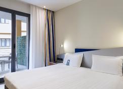 B&B Hotel Roma Tuscolana San Giovanni - Rom - Soveværelse