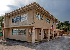 Aladdin Motel - Cocoa - Building