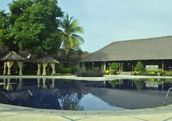 Sunari Beach Resort - Buleleng - Pool