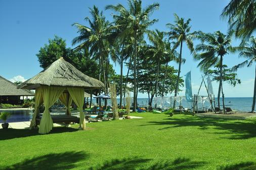 Sunari Beach Resort - Buleleng - Beach