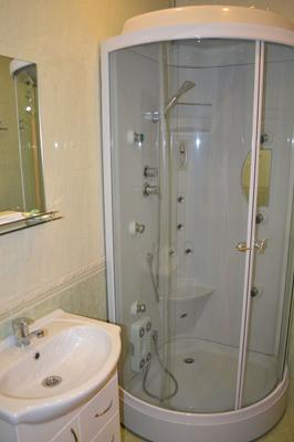 Hotel July - Lobnya - Salle de bain