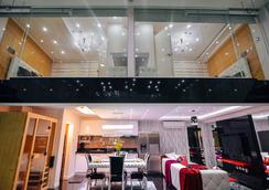 Luks Lofts Hotel & Residences - Batangas - Lobby