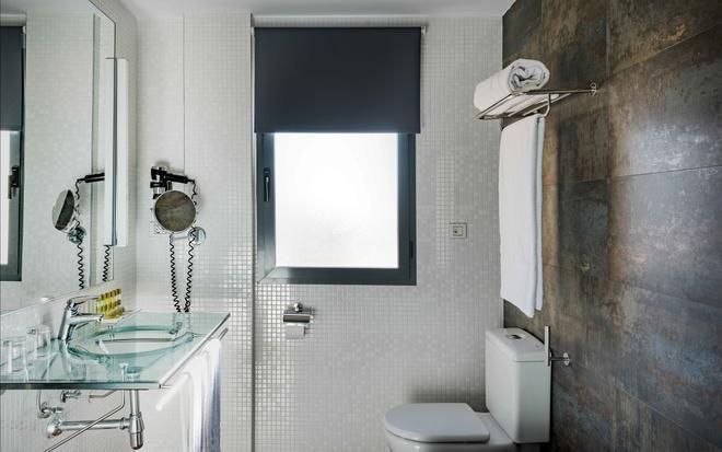 Eurostars Asta Regia - Jerez de la Frontera - Bathroom