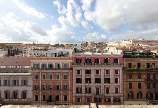 Exe International Palace - Rome - Bâtiment
