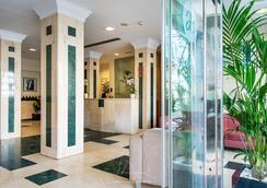 Exe Astoria - Málaga - Lobby