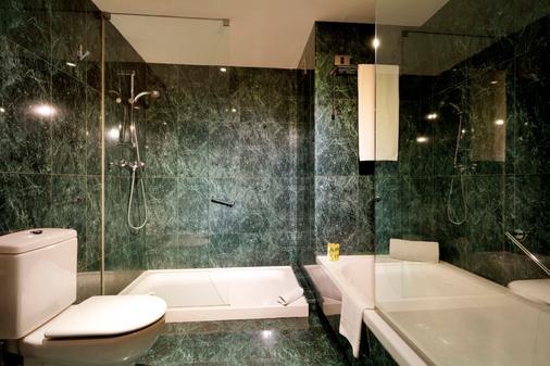 Eurostars Lisboa Parque - Lisbon - Bathroom