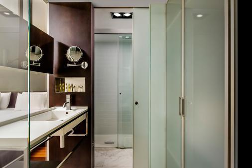 歐洲之星安格利酒店 - 巴塞隆拿 - 巴塞隆納 - 浴室