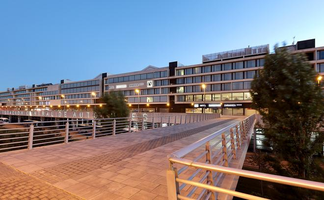 Hotel Eurostars Zaragoza - Zaragoza - Building
