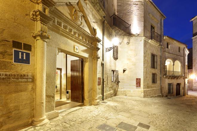 Eurostars Palacio Santa Marta - Trujillo - Building