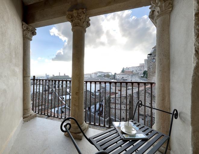 Eurostars Palacio Santa Marta - Trujillo - Balcony