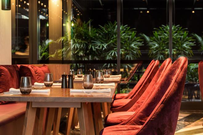 西悉尼酒店 - 悉尼希爾頓格芮精選酒店 - 雪梨 - 餐廳