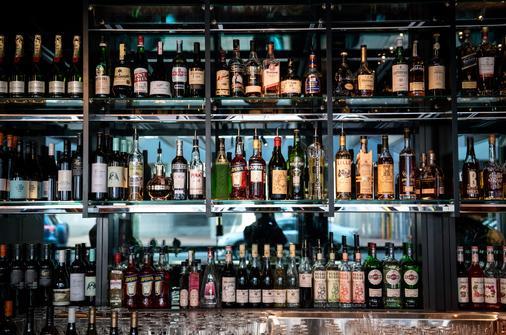 West Hotel Sydney, Curio Collection by Hilton - Sydney - Bar