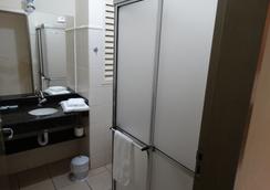 Alerri Hotel - Ribeirão Preto - Badkamer