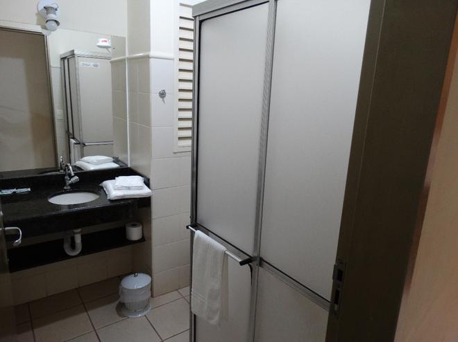 Alerri Hotel - Ribeirão Preto - Bathroom