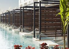Finest Playa Mujeres by Excellence Group - Cancún - Pool