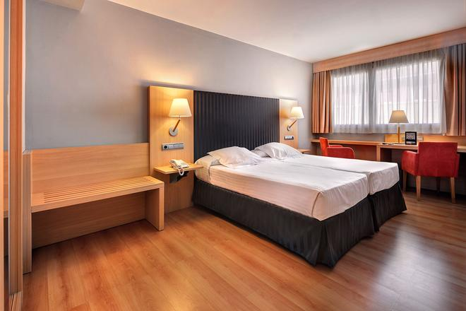Hotel Villa Gomá - Zaragoza - Bedroom