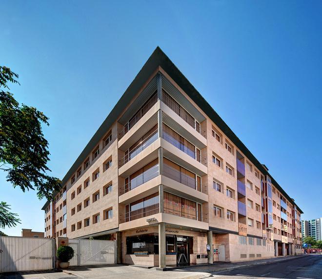 Hotel Villa Gomá - Zaragoza - Building