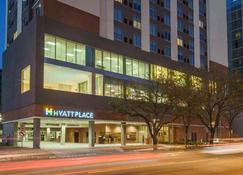 Hyatt Place Houston/Galleria - Houston - Building