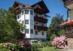 Hotel Alpenblick - Attersee am Attersee - Building