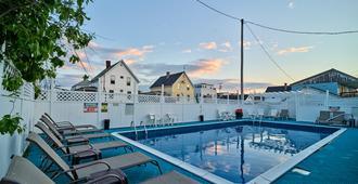 The Hillcrest - Hampton Beach - Pool