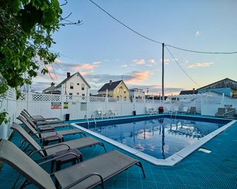 Hillcrest Inn - Hampton Beach - Pool