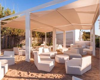Vh Belmond Durres Hotel & Restaurant - Durrës - Innenhof