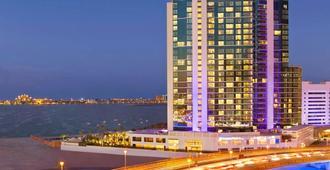 DoubleTree by Hilton Dubai - Jumeirah Beach - Dubai - Edifício