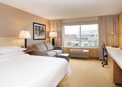 Hilton Garden Inn Portland/Beaverton - Beaverton - Bedroom