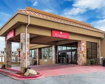 Ramada SLC Airport Hotel - Salt Lake City - Ingresso dell'hotel