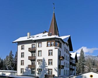 Sunstar Alpine Hotel Flims - Flims - Edificio