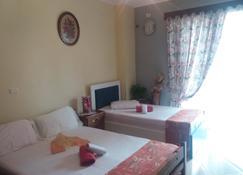 Eduart Rooms - Sarandë - Bedroom