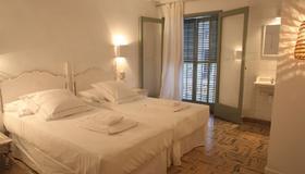 Hostal Juanita - Ibiza - Habitación