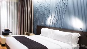 Cool Guest House - Lisbona - Camera da letto