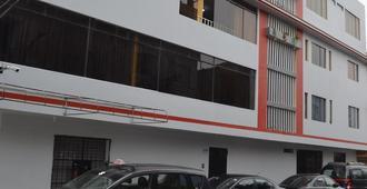Rosenverg House Lima Airport - Lima - Building