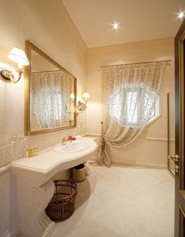 勒佩雷米耶別墅 - 奥德薩 - 敖德薩 - 浴室