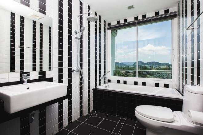 普吉島廣康達泰酒店 - 普吉 - 浴室