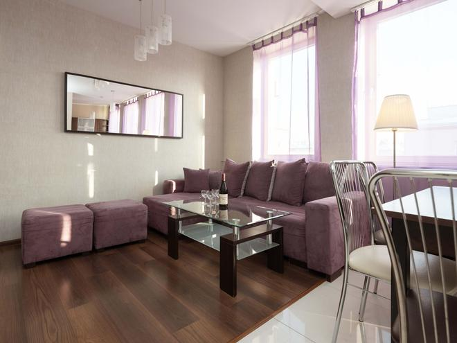 Lux Aparthotel - Krakow - Living room
