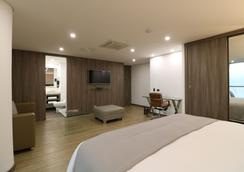 Binn Hotel - Μεδεγίν - Κρεβατοκάμαρα