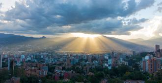 Binn Hotel - Medellín - Cảnh ngoài trời