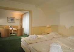 Rheinhotel Vier Jahreszeiten - Meerbusch - Schlafzimmer