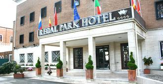 Regal Park Hotel - Rooma - Rakennus